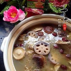 筒骨野藕蘑菇煲