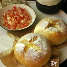 奶汁土豆面包的做法