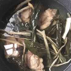 菜干薏米猪骨汤