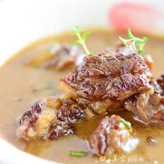 香草牛腩汤
