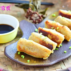 鲜笋猪肉锅贴