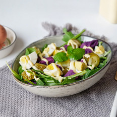 俄式酸黄瓜紫薯鸡蛋沙拉