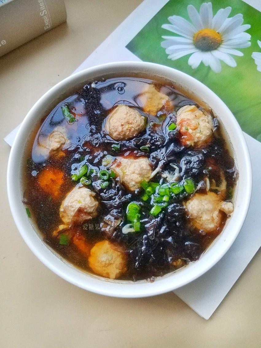 紫菜虾皮肉丸子汤