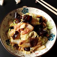 白菜黑木耳炒五花肉