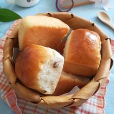 葡萄干小面包