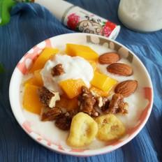芒果干果酸奶