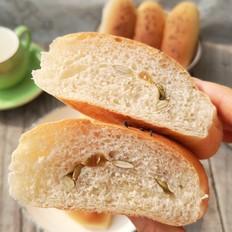 坚果小面包