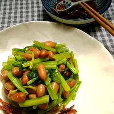水煮花生拌芹菜