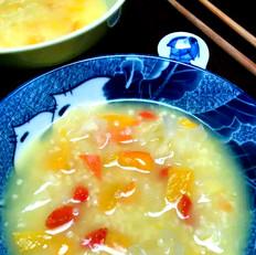 银耳南瓜枸杞小米粥