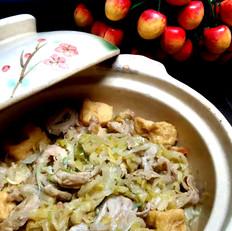东北酸菜炖猪大肠