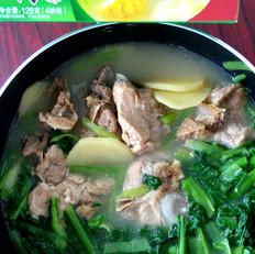 小白菜猪骨浓汤的做法