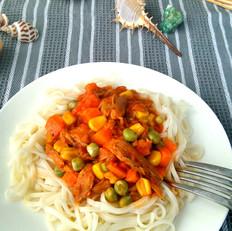 茄汁三文鱼拌面