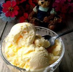 自制奶香冰淇淋