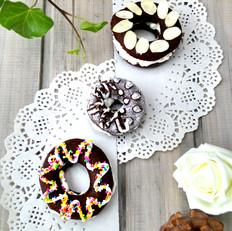 巧克力甜甜圈泡芙