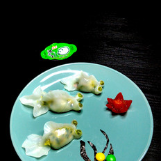 三鲜水晶金鱼饺