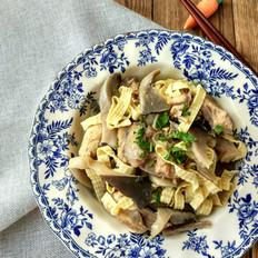 豆腐皮平菇炖鸡架