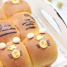 跳跳虎胡萝卜小面包