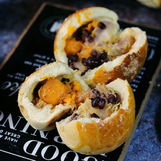 蛋黄肉松麻薯红豆芋泥包