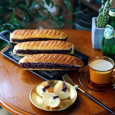 维也纳豆沙面包的做法