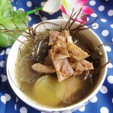 土茯苓地胆头煲鸭汤