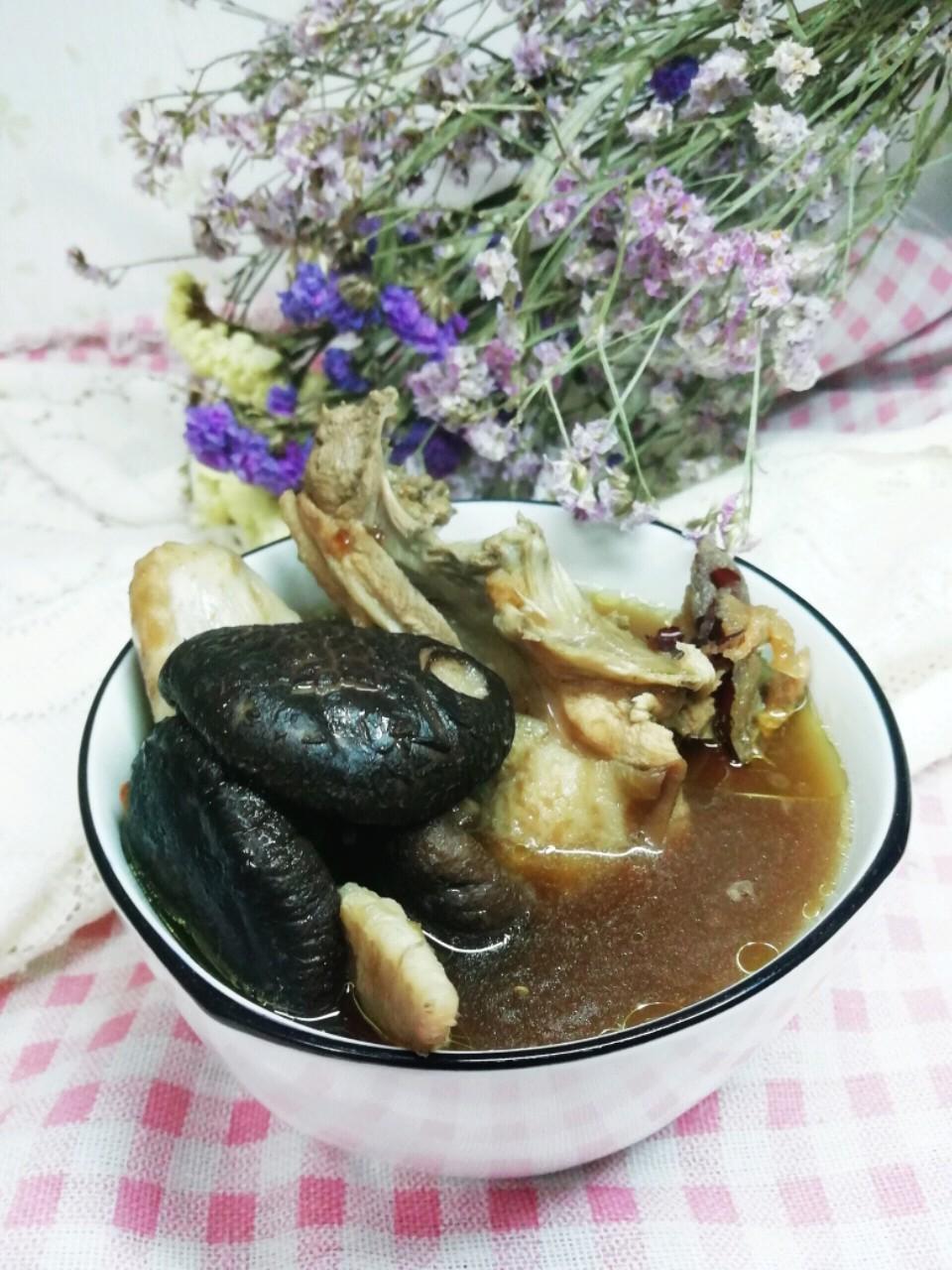 香菇鸡翅汤