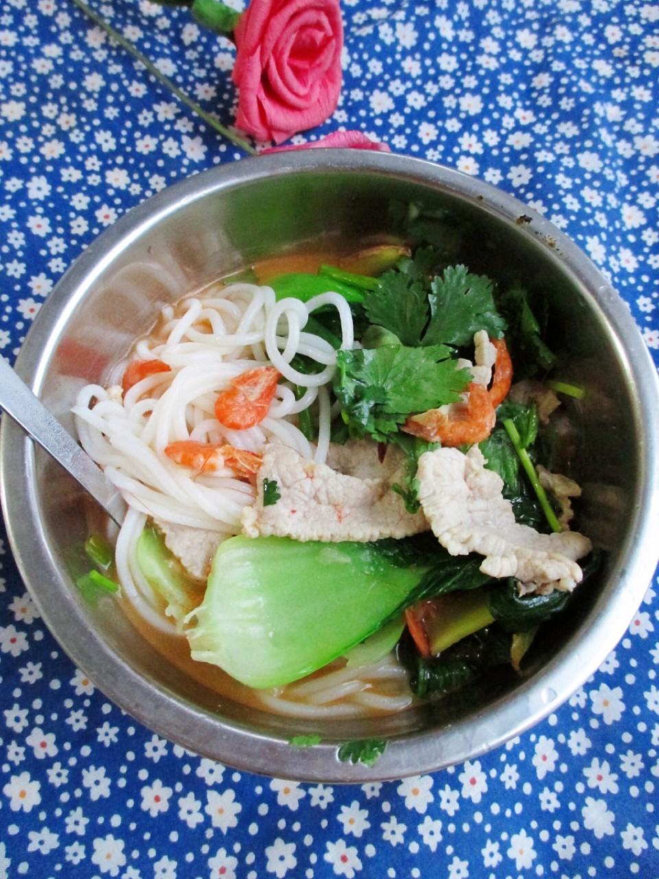 干虾海鲜米线