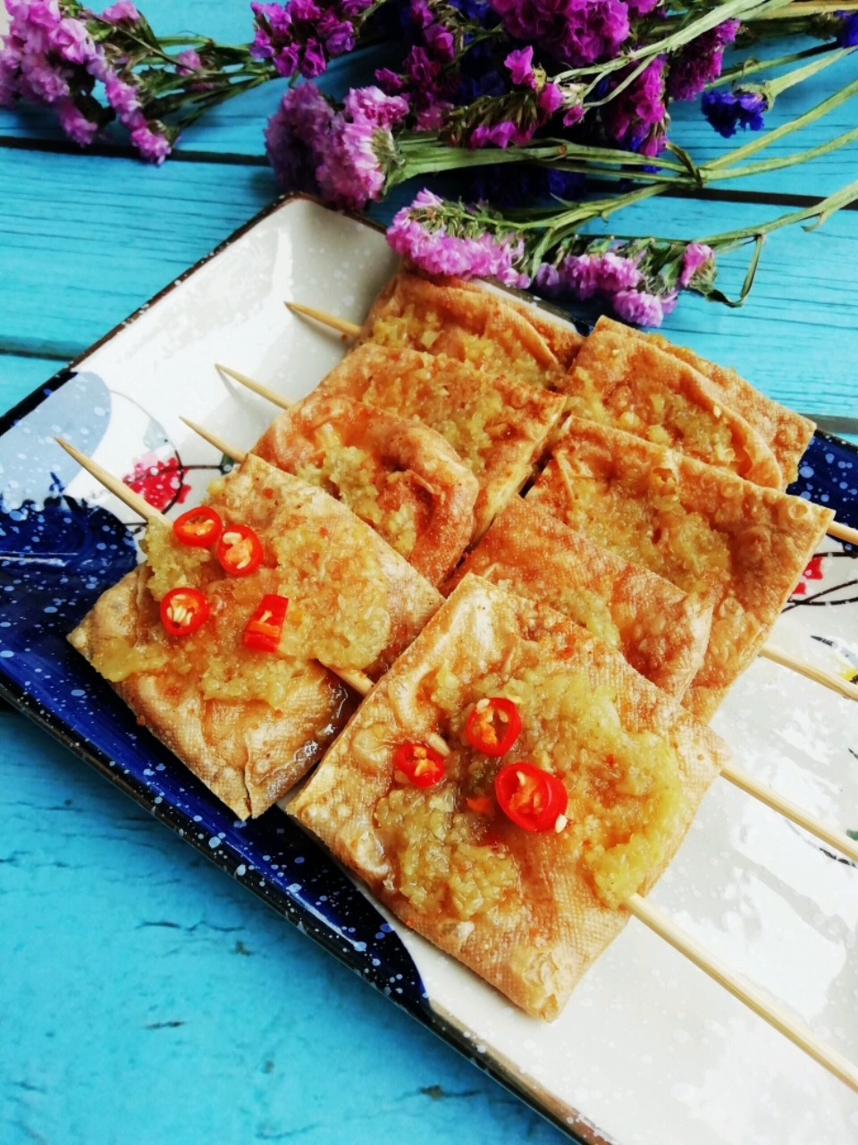 蒜蓉烤油豆腐