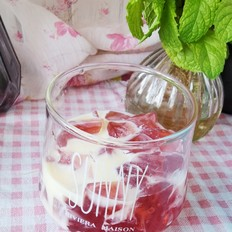 炼奶花果茶冻