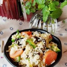 紫菜香肠炒饭