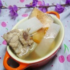 土茯苓白萝卜猪骨汤