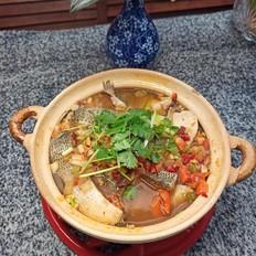 鲈鱼豆腐煲