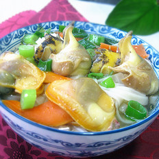 海螺蚬子汤面的做法