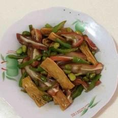 腐竹毛豆炒猪耳