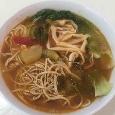 健康纯素杂蔬烩酸汤