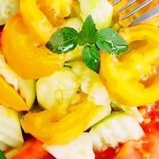 清凉一夏香草沙拉拌菜