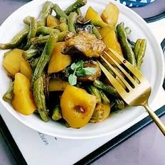 豆角炖土豆茄子