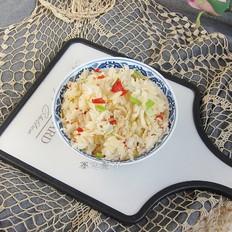 辣白菜炒饭,比包子饺子好吃