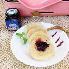 蓝莓果酱年糕