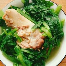 脊骨炖小白菜