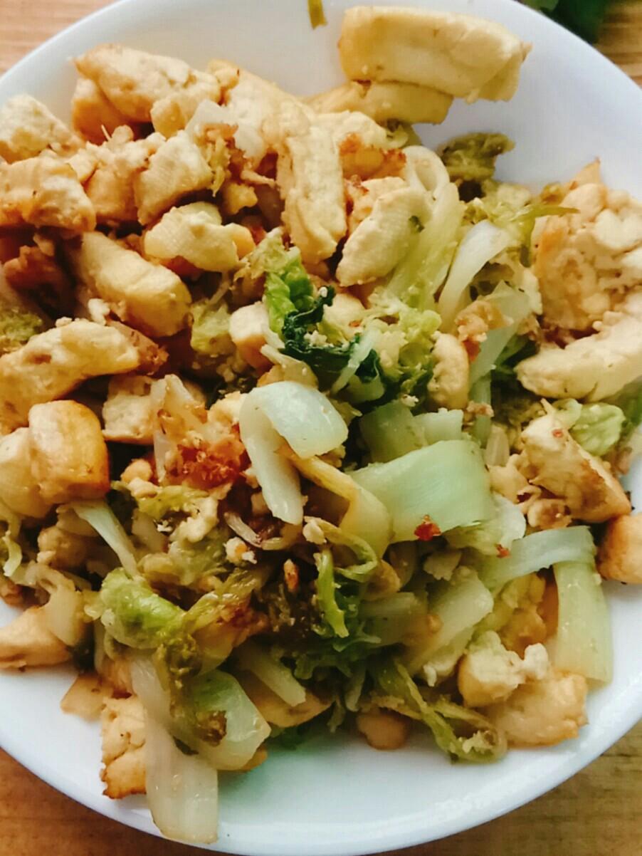 豆腐干炒白菜