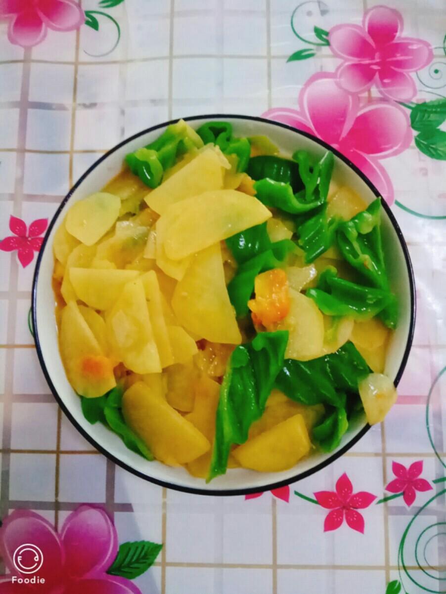 西红柿辣椒土豆片