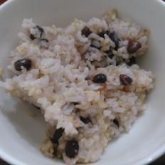 糙米红豆饭