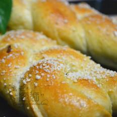 豆渣再利用—美味的豆渣辫子面包