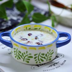 牛奶香蕉蔓越莓燕麦粥
