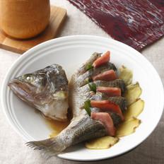 火腿蒸鲈鱼