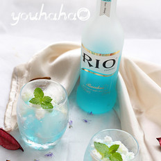 蓝玫瑰鸡尾酒沙冰