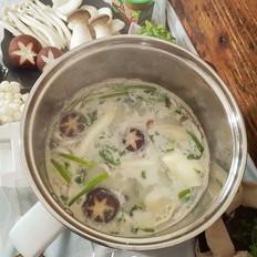 豆浆菌菇火锅