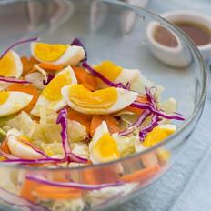 油醋汁鸡蛋沙拉