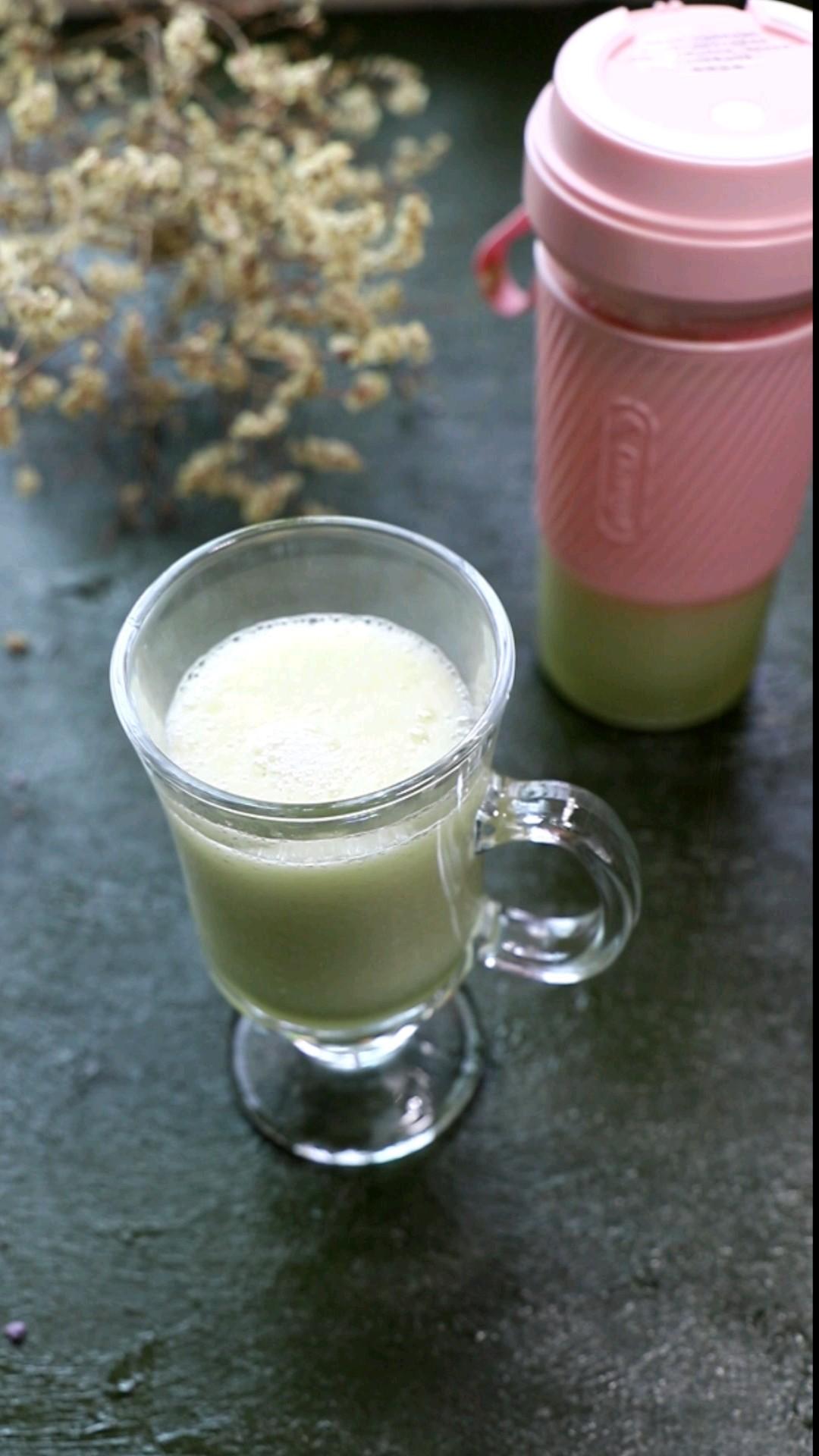 清新黄瓜梨汁