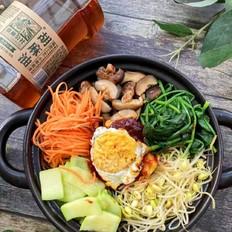 韩式砂锅拌饭的做法